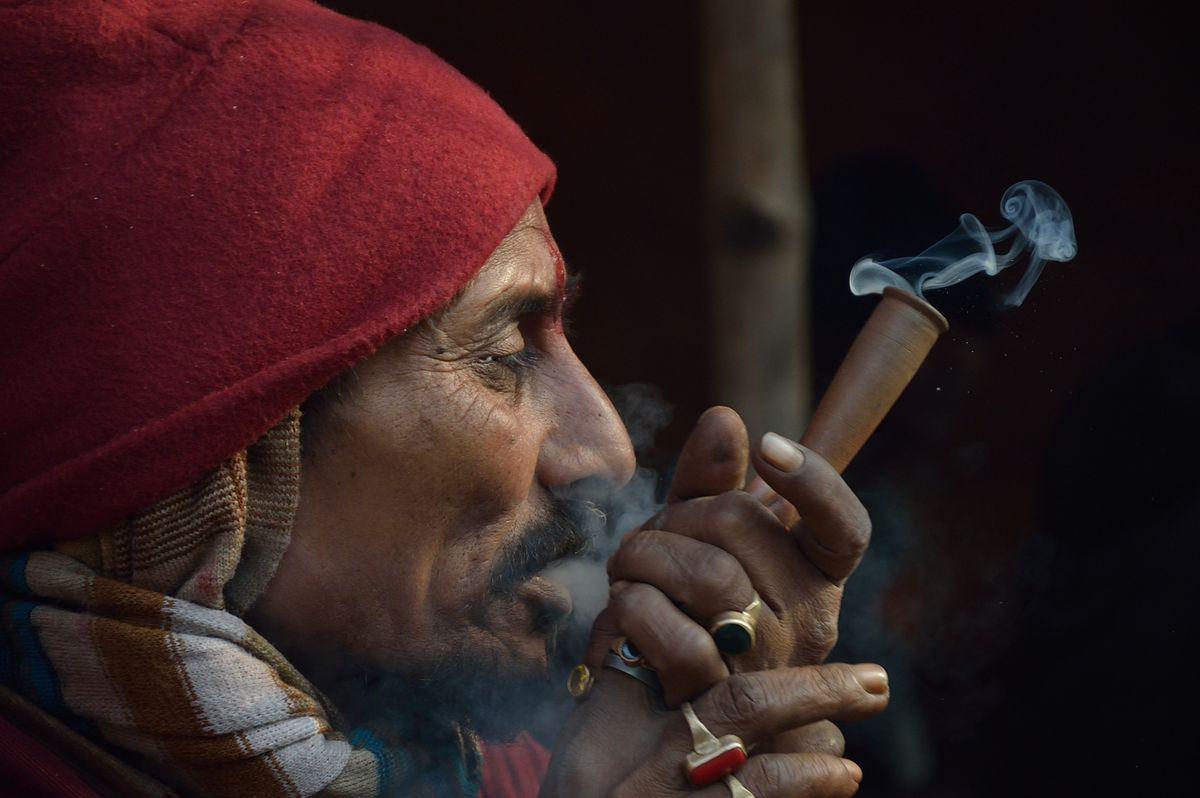 Ganja_Smoking
